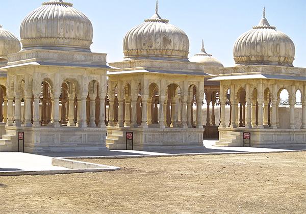 un monde de voyages Inde Cimetière de Maharadja - Mandawa